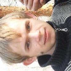 Фотография мужчины Дмитрий, 23 года из г. Любешов