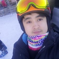 Фотография мужчины Azatik, 28 лет из г. Бишкек
