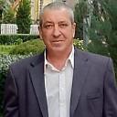 Михаил, 57 лет