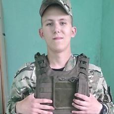 Фотография мужчины Владислав, 20 лет из г. Солигорск