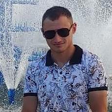 Фотография мужчины Валерий, 26 лет из г. Николаев