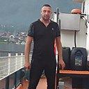 Олег Попов, 33 года