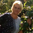 Нюша, 45 лет
