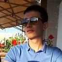 Ержан, 22 года