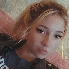 Фотография девушки Алиса, 18 лет из г. Новосибирск