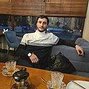 Амир, 33 года